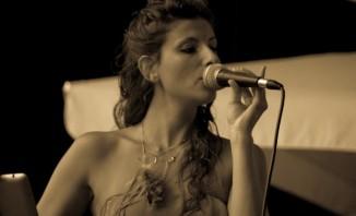 Erica-De-Lazzari_B.JPG